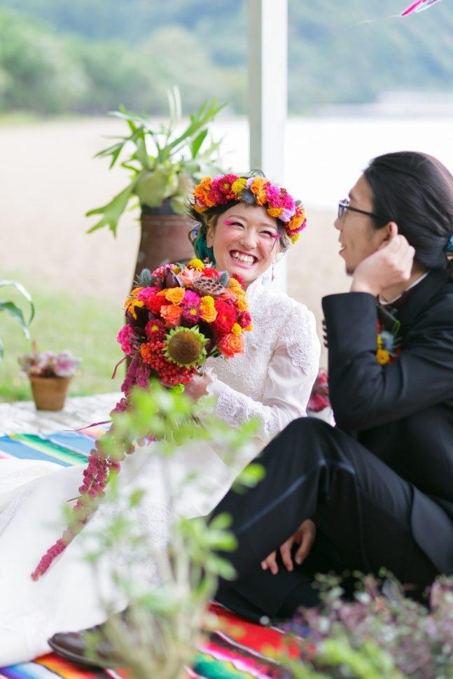 オリジナルブーケと髪飾りでオシャレ花嫁に