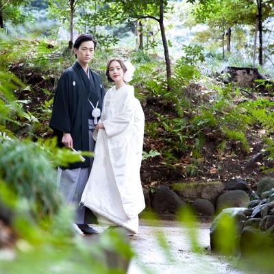 日本庭園で和装ロケーションフォト