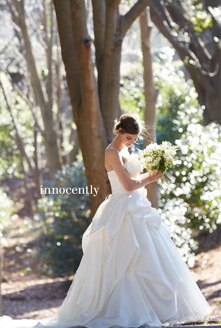 プリンセスラインのドレスを着た花嫁